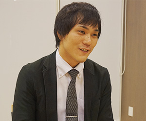 お話を聞いた薄田先生