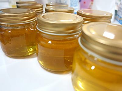 蜂蜜は多くのビタミンを含みます