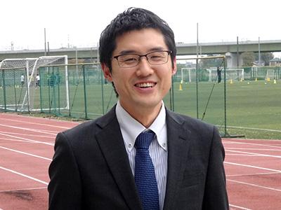 前田紘平先生は、社会科と英語科で教鞭を執られています。