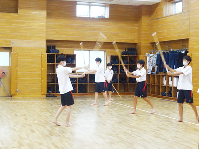 剣道場での授業