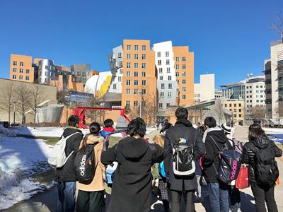 マサチューセッツ工科大学へのキャンパスツアー