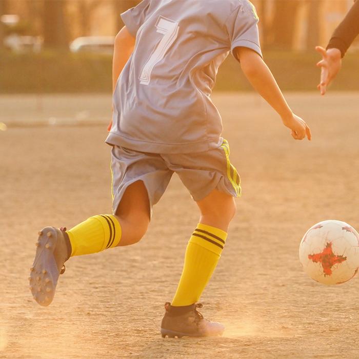 「サッカーの練習と受験勉強を両立。本人のやる気で合格し、念願のサッカー部へ」記事サムネイル