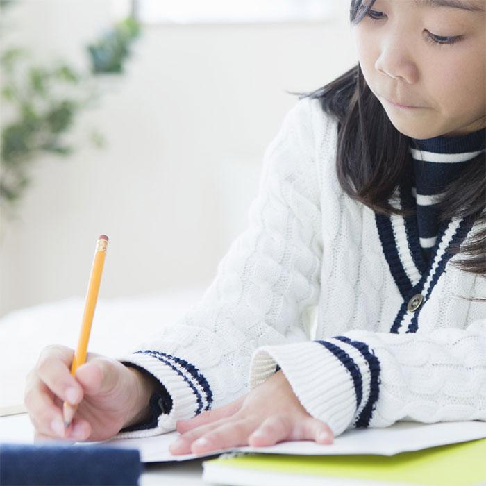 「念願のαクラスに…。サピックスに通う小学5年生が毎日行う勉強とは?【塾ママブログ】」記事サムネイル