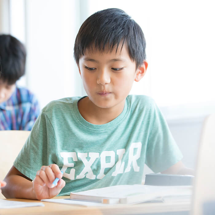 「6月のマンスリーテストで塾生活が始まったことを実感。サピックスに通う小4男子のテスト対策【Sakurako vol.3】」記事サムネイル
