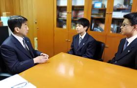 町田校長と生徒たちの距離がぐっと近づく瞬間