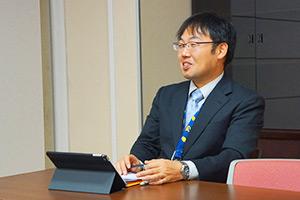 ICT導入を主導する田中先生