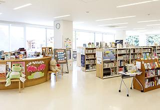 中央図書コーナー